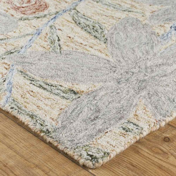 Gardenia Leaf Grey rug close-up