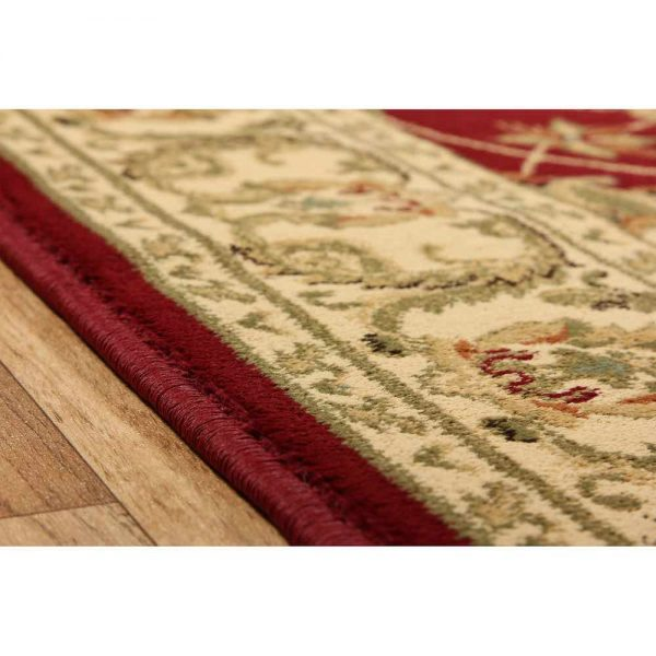 Kendra 45M Red Traditional Rug edge
